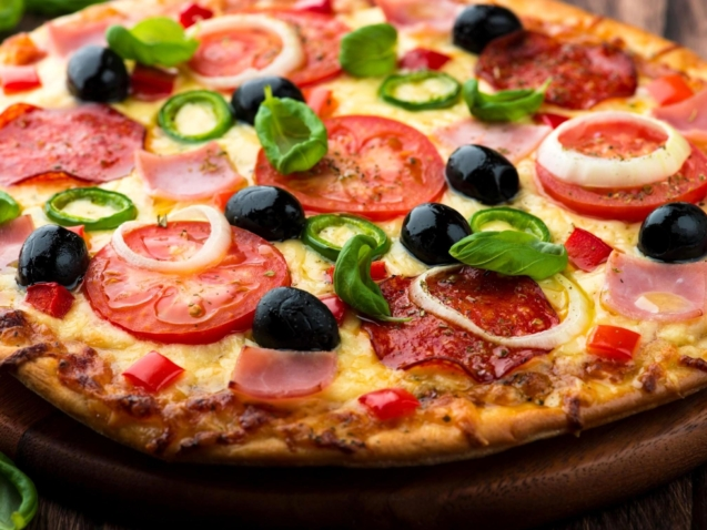 vegetables, italian food, pizza, restaurant, dinner, eating, lunch, meal